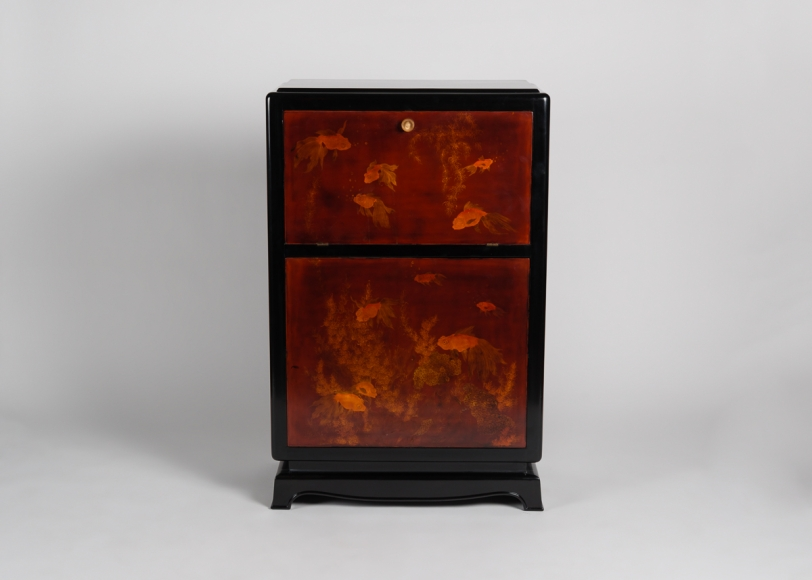 Exceptionnel Early Art Deco Lacquered Bar Cabinet