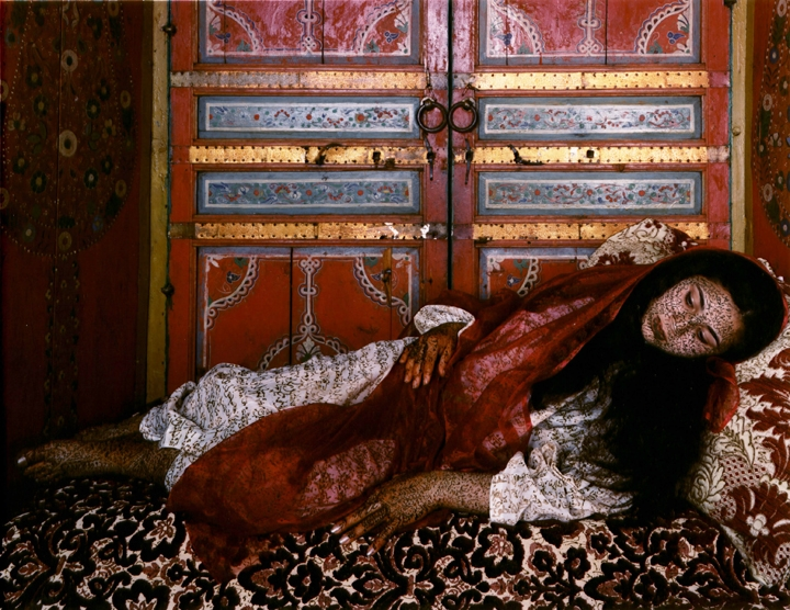 essaydi artist By deconstructing the political and visual conventions of orientalism, artists like lalla essaydi and rania matar expose their violence and inaccuracy.