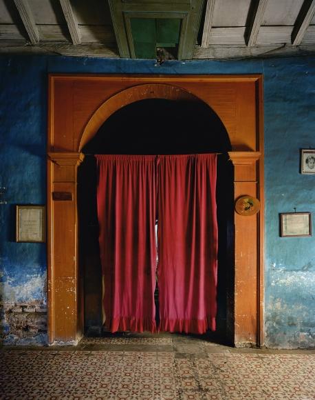 Andrew Moore, Cortina Roja, Sancti Spíritus, Cuba, 1999, Archival pigment print