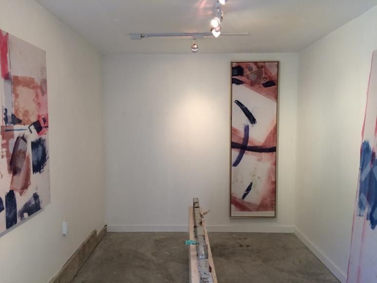 Installation view Longs/Happens
