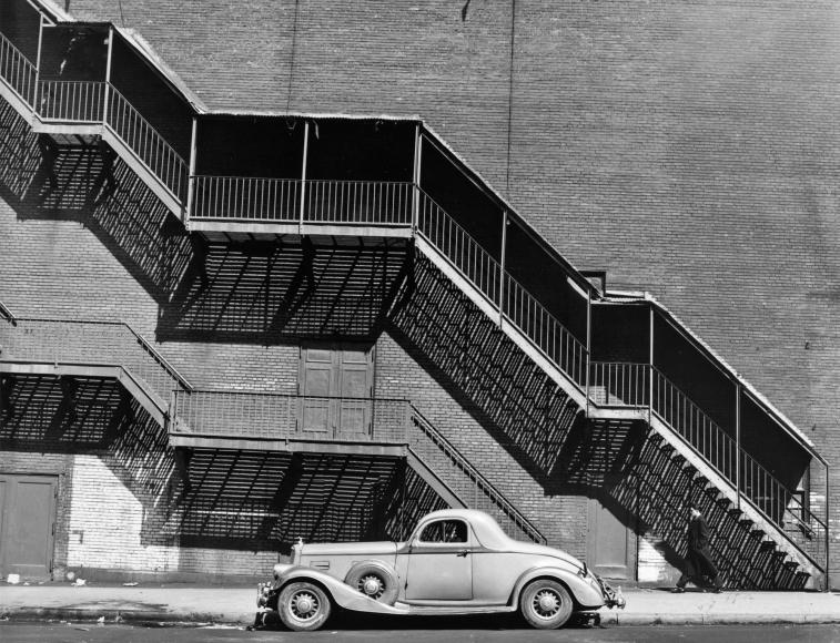 © Todd Webb - Mr. Perkin's Pierce Arrow, New York, 1946