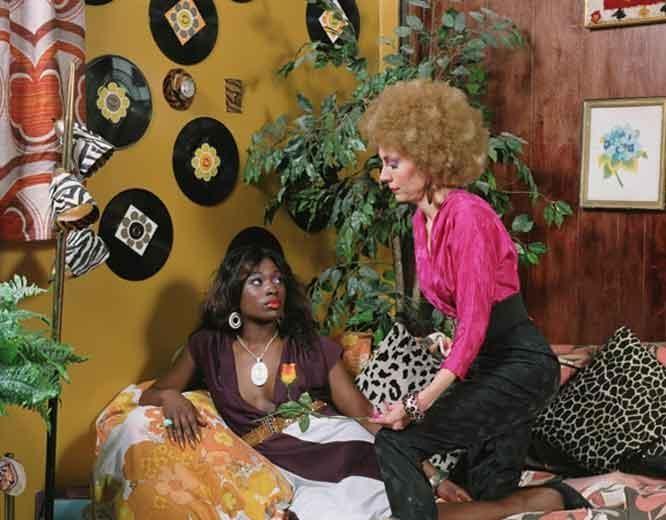 MICKALENE THOMAS L'offre de fleur, 2008
