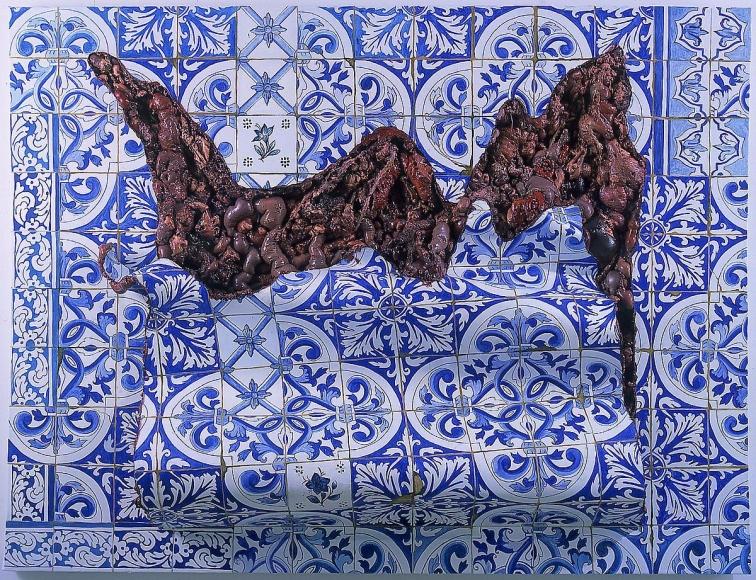"""阿德里安娜·ç""""¦èŠå–¬ Azulejaria 'De Tapete em Carne Viva', (Carpet-Style Tilework in Live Flesh), 1999"""