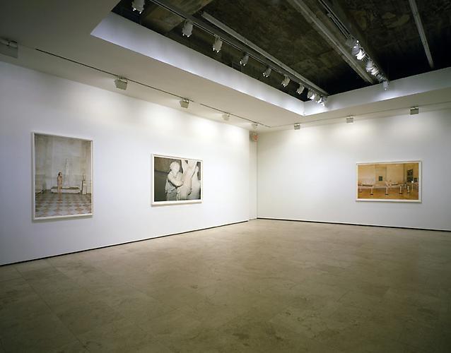 JUERGEN TELLER: Paradis, 2009 Installation view 2