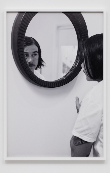 CATHERINE OPIE, Mirror #1 (The Modernist), 2016
