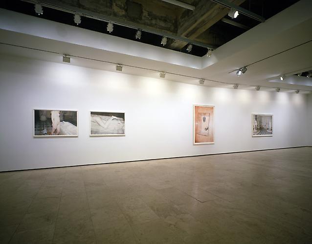 JUERGEN TELLER: Paradis, 2009 Installation view 3