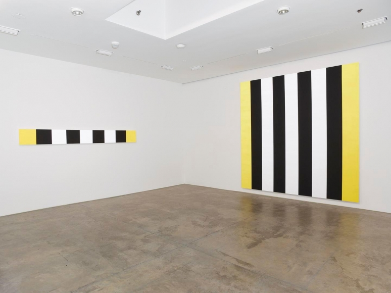 Mary Corse Installation view 5