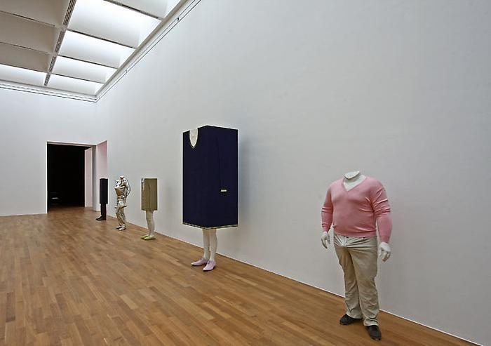 Erwin Wurm: Liquid Reality, 	Installation view Kunstmuseum Bonn, 2010