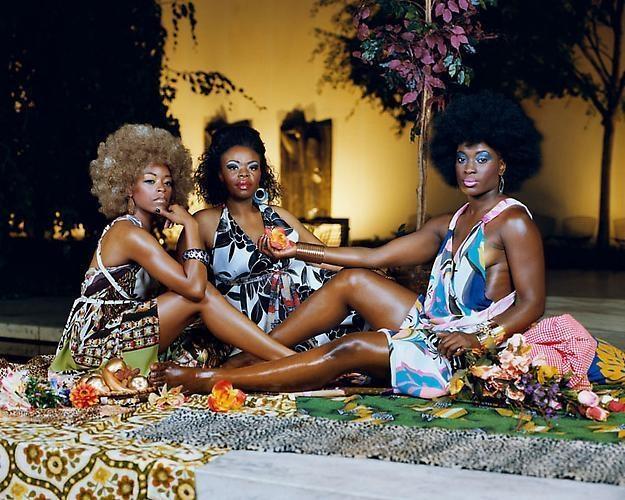 MICKALENE THOMAS Le déjeuner sur l'herbe: Les Trois Femmes Noires, 2010