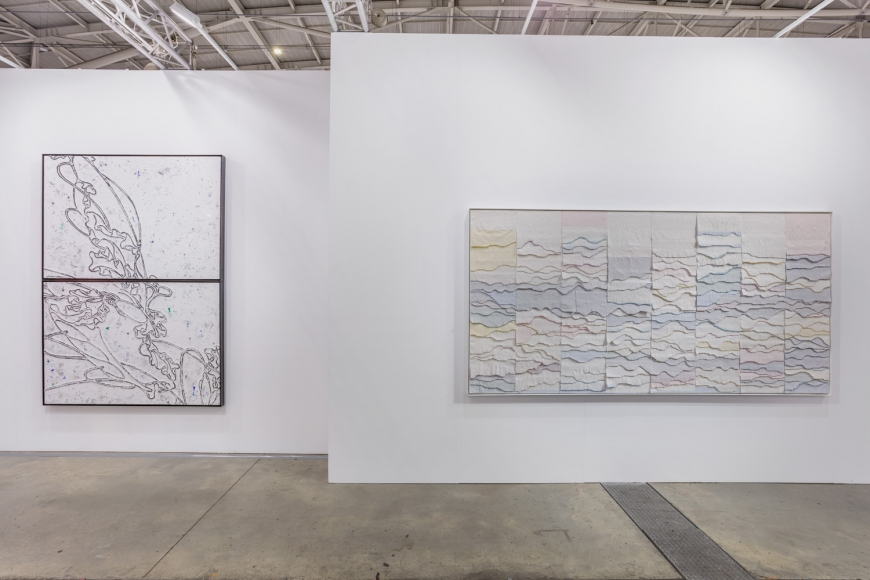 Installation view of Lehmann Maupin's booth at Taipei Dangdai art fair 2020, view 4