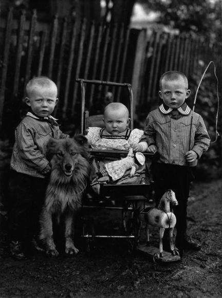 August Sander - Farm Children, c. 1913  | Bruce Silverstein Gallery