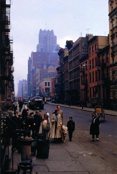 Inge Morath -  New York, 1957  | Bruce Silverstein Gallery