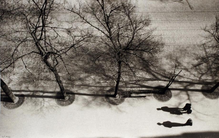 Ilse BingSilhouettes, Avenue du Maine, Paris, 1932 Gelatin silver print, printed 1987. 11 x 14 inches
