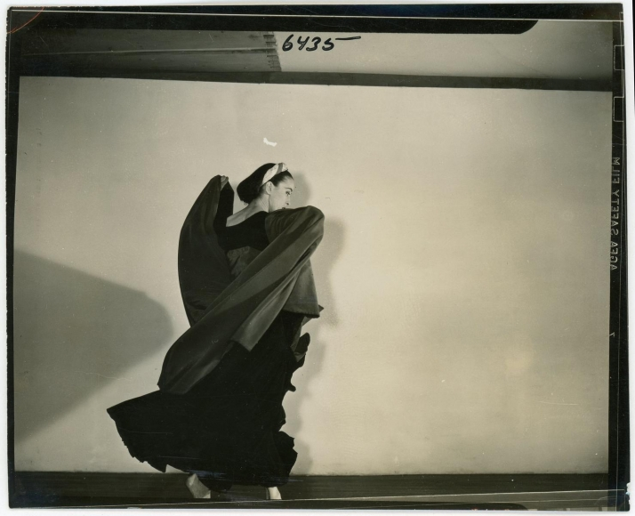 Barbara Morgan - Martha Graham, Imperial Gesture, 1935 15 gelatin silver contact prints, printed c. 1935 | Bruce Silverstein Gallery