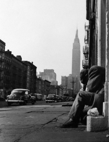 Larry Silver - 34th Street, New York, 1952 Gelatin silver print, printed later | Bruce Silverstein Gallery