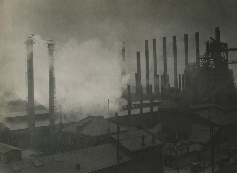 Pittsburgh, Pennsylvania, 1926 	Gelatin silver print, printed c. 1926 	7 x 9 1/2 inches