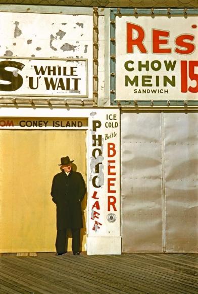 Marvin E. Newman - Coney Island V, 1953  | Bruce Silverstein Gallery