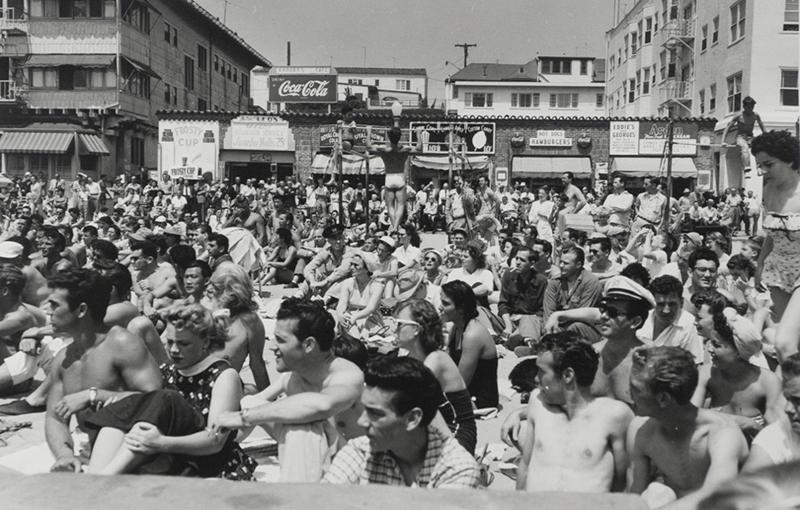 Larry Silver - Watching a Contest, Muscle Beach, Santa Monica, CA, 1954 Gelatin silver print, printed later | Bruce Silverstein Gallery