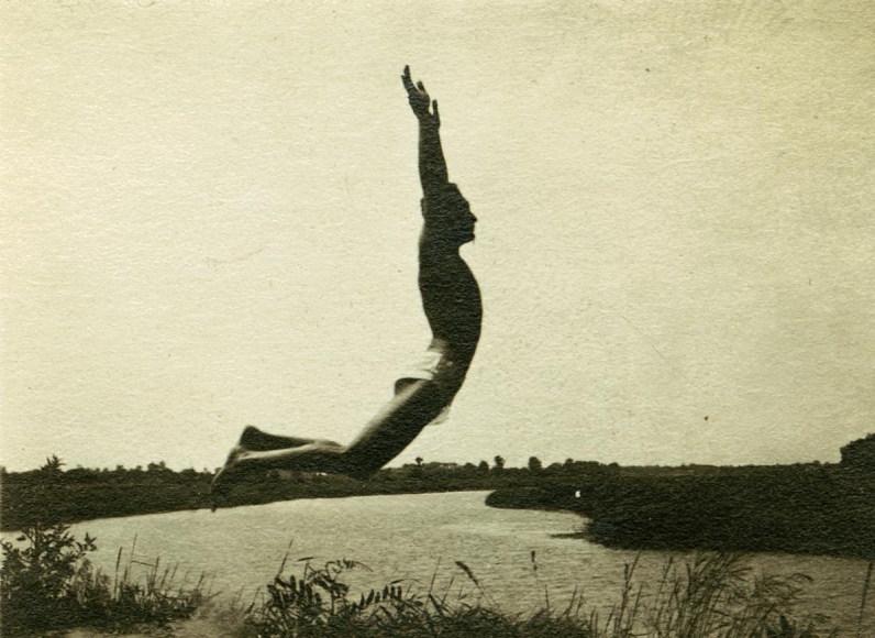 Untitled, 1920 	Gelatin silver print, printed c. 1920 	1 1/2 x 2 inches