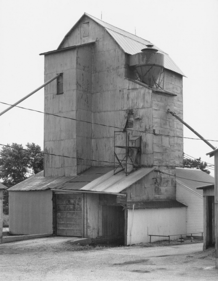Bernd and Hilla Becher - Grain Elevator, Swanders, Ohio, USA, 1987  | Bruce Silverstein Gallery