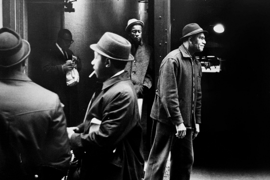 Leonard Freed - Black in White America, New York City, 1963  | Bruce Silverstein Gallery