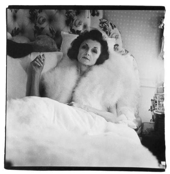 Diane Arbus,Brenda Diana Duff Frazier, 1938 Debutante of the Year, At Home, 1966 | Bruce Silverstein Gallery