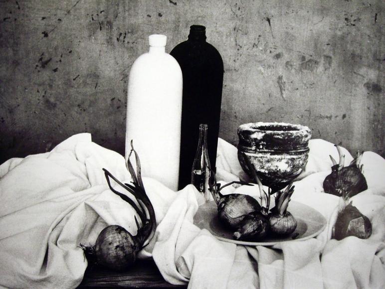 Mario Giacomelli - Natura morta con cipolle,1956(Still life with a cup) | Bruce Silverstein Gallery