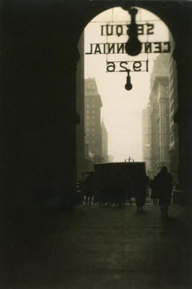 E. O. Hoppé - Philadelphia, Pennsylvania, 1926  | Bruce Silverstein Gallery