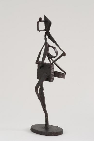 David Smith (1906-1965)Untitled, 1937 Iron 16 5/8 x 7 3/4 x 5 in. (42.2 x 19.7 x 12.7 cm)