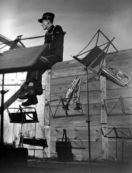 Werner Bischof, Untitled (Musician), 1945