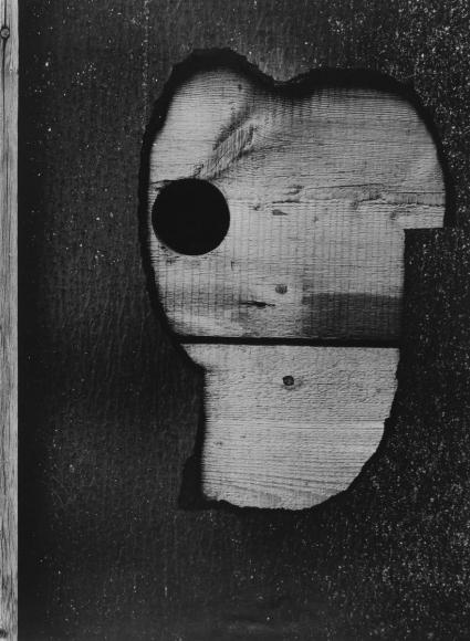 Aaron Siskind- Gloucester 16A, 1944  | Bruce Silverstein Gallery