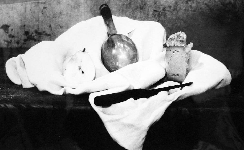 Mario Giacomelli - Natura morta,1955-56 | Bruce Silverstein Gallery