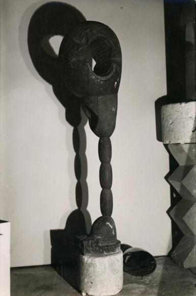 Constantin Brâncuşi - Socrates, c. 1921-22 | Bruce Silverstein Gallery