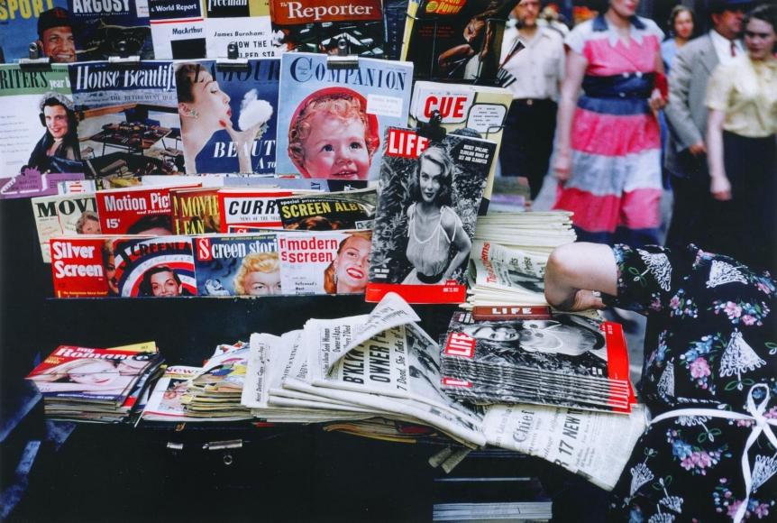 Ruth Orkin -  Magazine Stand, NYC,c. 1950  | Bruce Silverstein Gallery