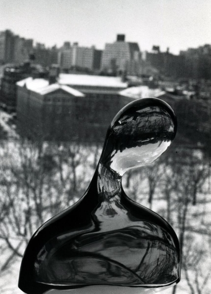 André Kertész - Glass Bust on Window, New York City, February 7, 1979 ; Bruce Silverstein Gallery
