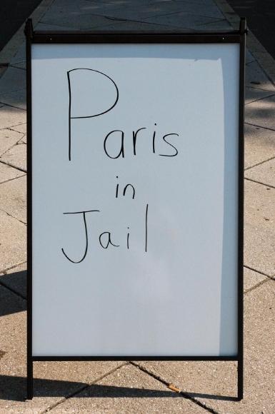 Zoe Strauss - Paris in Jail, 2001-2008  | Bruce Silverstein Gallery
