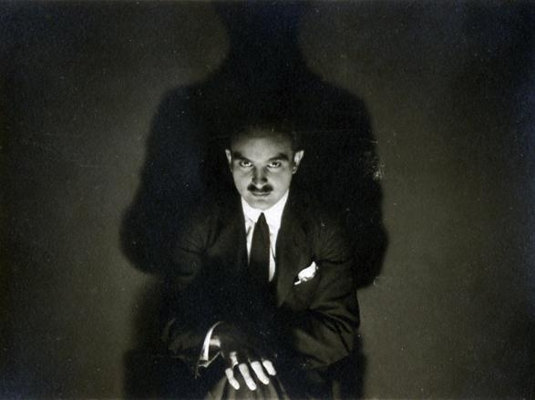 André Kertész - Untitled, c. 1920 ; Bruce Silverstein Gallery