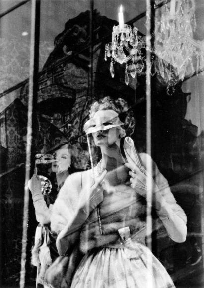 Frank Paulin - Fifth Avenue Reflection, New York City, 1958 Gelatin silver print mounted to board, printed later | Bruce Silverstein Gallery