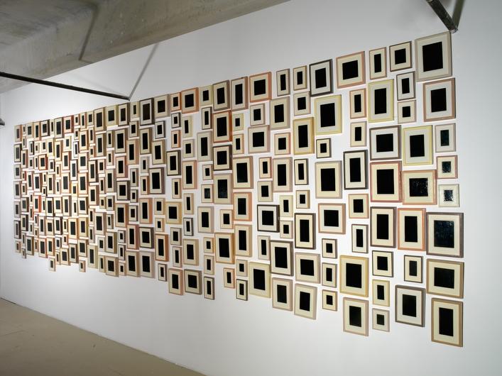 Allan McCollum, 240 Plaster Surrogates, 1982-91