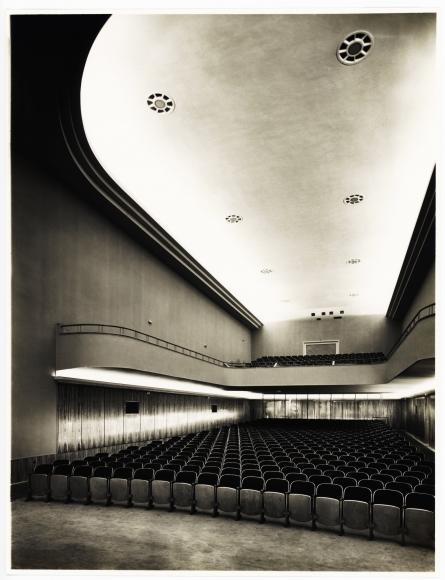 Hugo Schmölz, Theater innen (Stumpf) (Theater Interior [Stumpf]), 1937