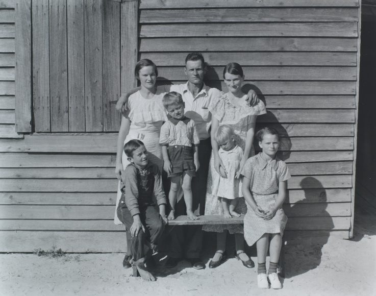 Walker Evans, The Burroughs Family, Hale County, Alabama, 1936, gelatin silver print, 7 1/2 × 9 1/2 in.