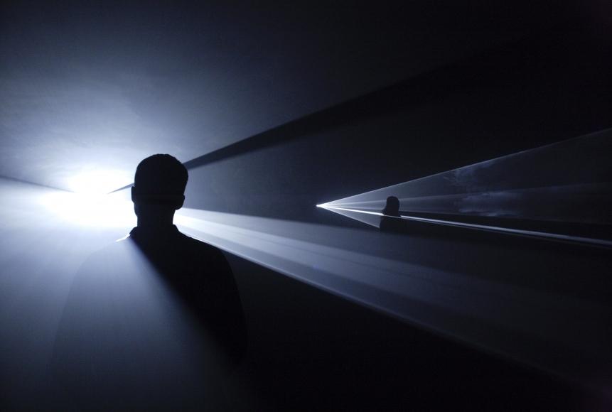 Anthony McCall, You and I, Horizontal (III), 2007