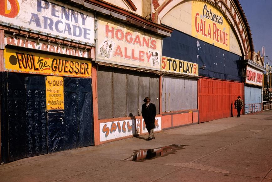 Marvin Newman, Coney Island VI, 1953, archival inkjet print, 13 × 19 in.