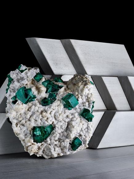 Contrast Exhibition - Fluorite on Aragonite