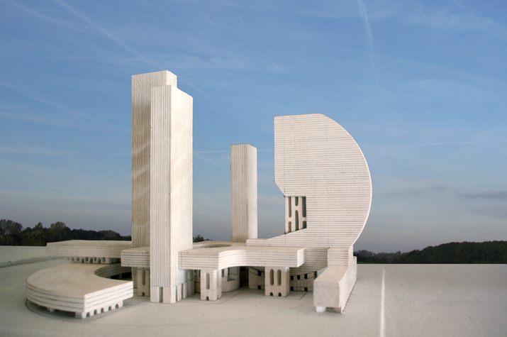 Marino di Teana, who was trained as an architect, concieved many of his sculptures as cityscapes, building them out in advance as architectural models.