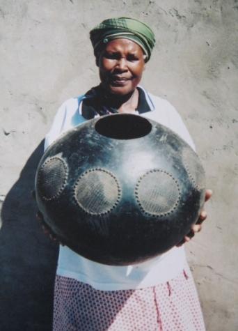 Mncane Nzuza  -  Master Zulu Potter