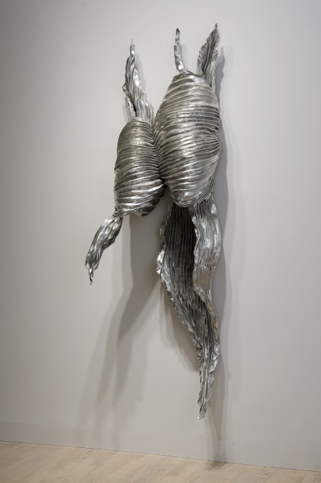 Lynda Benglis shape shifters locks gallery
