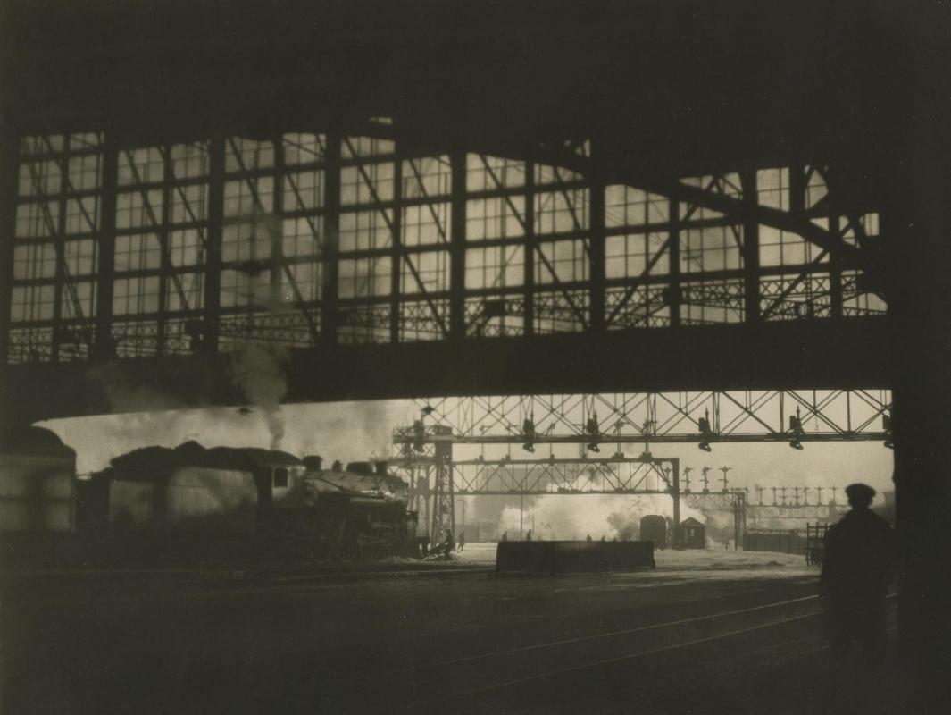 E. O. Hoppé - R. R. Station, Boston, Massachussetts, 1926  | Bruce Silverstein Gallery