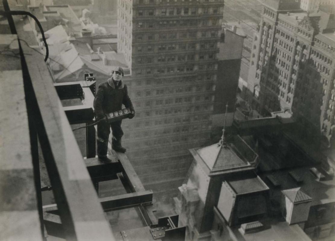 E. O. Hoppé - Construction of Lincoln Liberty Building, Philadelphia, 1926  | Bruce Silverstein Gallery