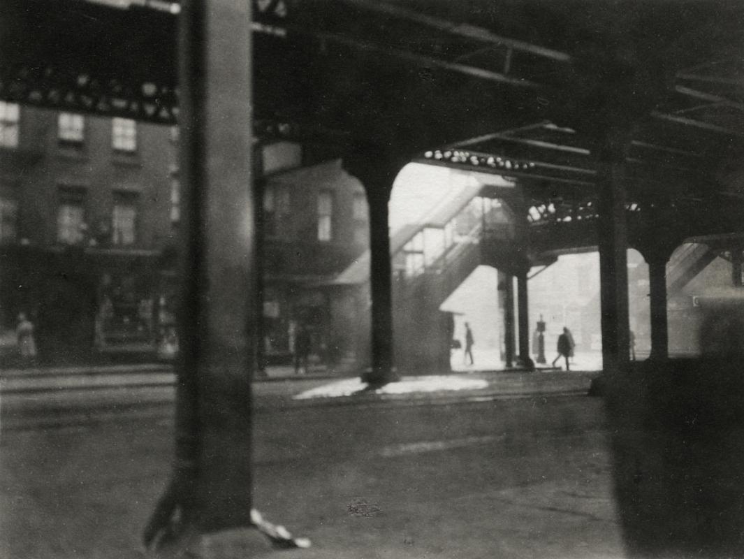 "E. O. Hoppé - ""L"" at Third Avenue, 1921  | Bruce Silverstein Gallery"